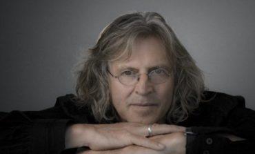 Oscar-winning Set Designer Roger Christian on the New 'Star Wars' Lightsaber