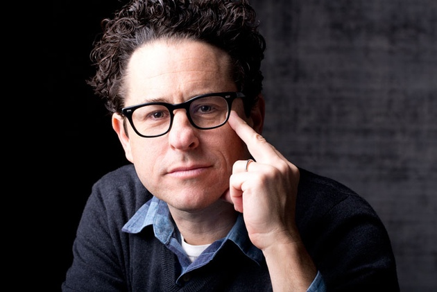 J.J. Abrams on 'Star Wars: The Force Awakens,' CGI, and the New Lightsaber {Video}