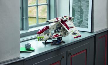 LEGO® Star Wars™ Republic Gunship Construction Set Revealed as Fan Favourite